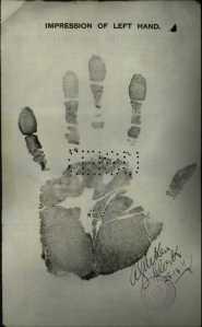Suleiman Chicoa hand