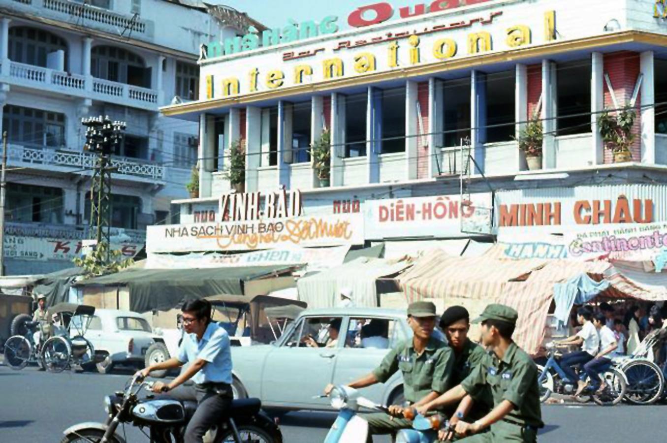 Remixing the Past: The Vietnam Hula – Le Minh Khai's SEAsian